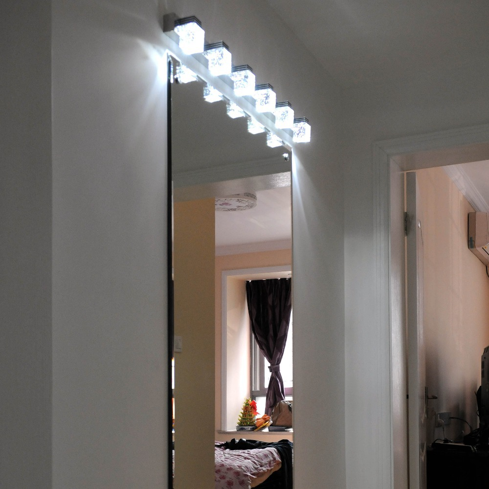 MIRROR AND PICTURE LIGHTS